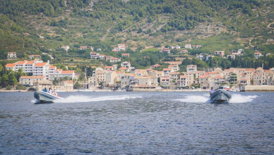 Toto-Travel-Private-Boat-Trip-Blue-Cave-Hvar-5-Islands-Private-Boat-Trip-13