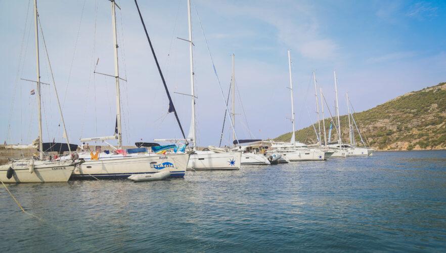 Toto-Travel-Private-Boat-Trip-Blue-Cave-Hvar-5-Islands-Private-Boat-Trip-18-1