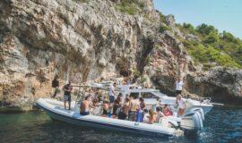 Toto-Travel-Private-Boat-Trip-Blue-Cave-Hvar-5-Islands-Private-Boat-Trip-3-2