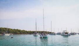 Toto-Travel-Private-Boat-Trip-Blue-Cave-Hvar-5-Islands-Private-Boat-Trip-3