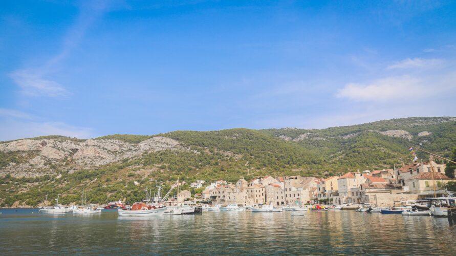 Toto-Travel-Private-Boat-Trip-Blue-Cave-Hvar-5-Islands-Private-Boat-Trip-4-2