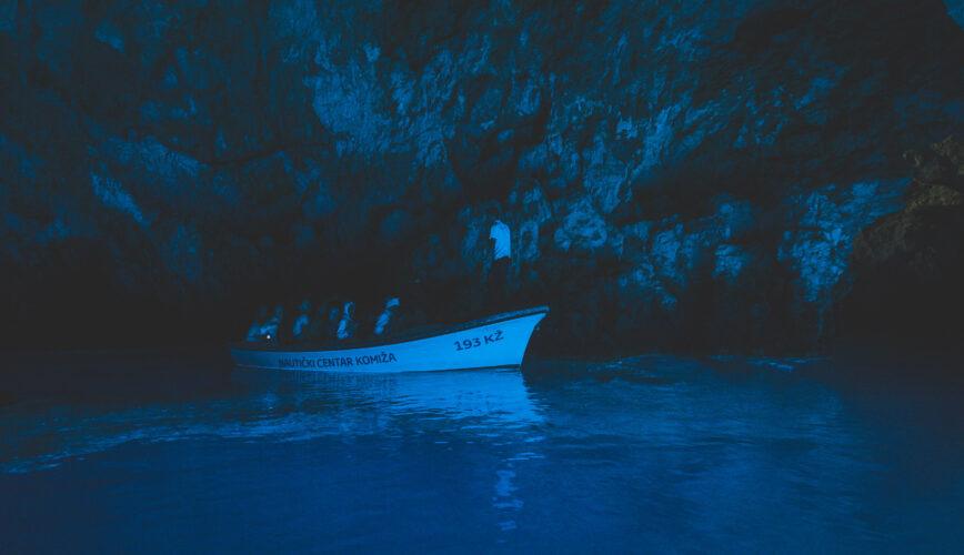 Toto-Travel-Private-Boat-Trip-Blue-Cave-Hvar-5-Islands-Private-Boat-Trip-5