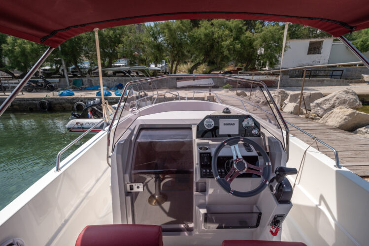 Toto Travel Rent A Boat Atlantic Marine 670 2