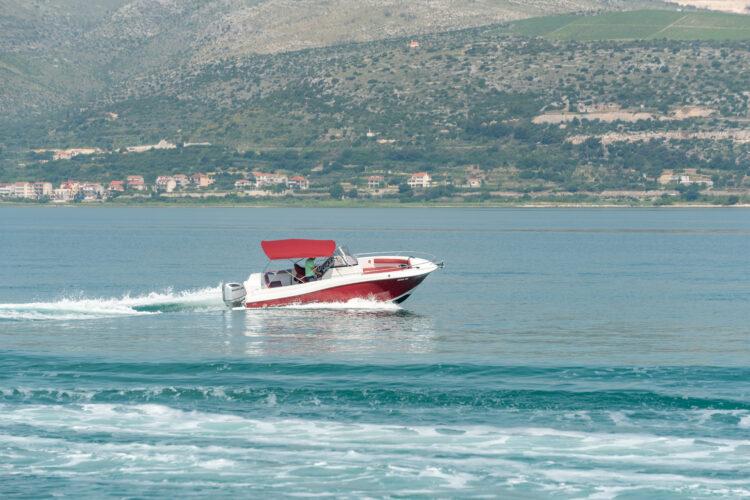 Toto Travel Rent A Boat Atlantic Marine 750 7