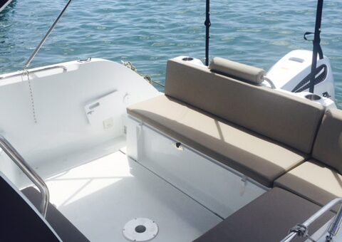 Toto Travel Rent A Boat Beneteau Antares 8 2