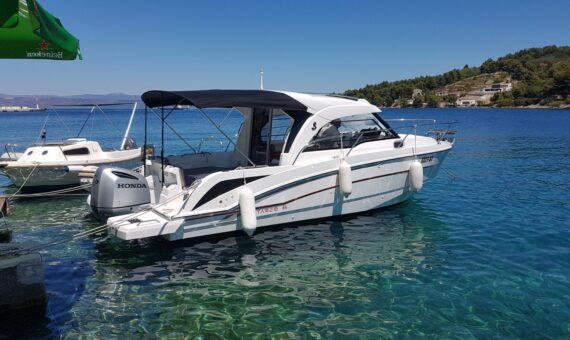 Toto Travel Rent A Boat Beneteau Antares 8 5