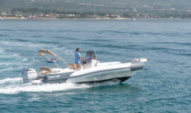 Toto Travel Rent A Boat Marlin 790 1