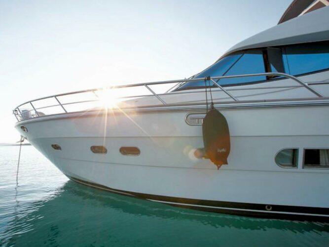 Toto-Travel-Rent-A-Boat-Yarretti-2210-3.jpeg