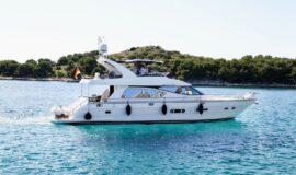 Toto-Travel-Rent-A-Boat-Yarretti-2210-4-1.jpeg