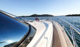Toto-Travel-Rent-A-Boat-Yarretti-2210-5.jpeg